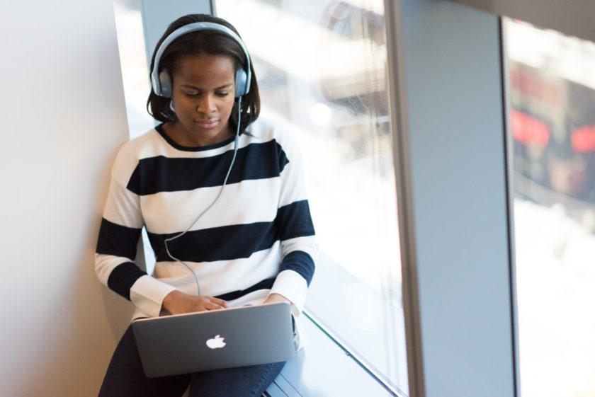 فواید گوش دادن به موسیقی در یادگیری