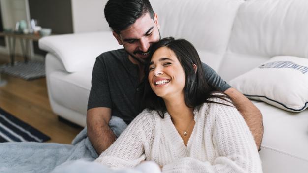 دوست و همدم بودن از جمله انتظارات زنان از همسر خود